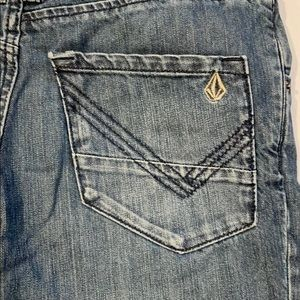 Volcom Women's Straight Fit Jeans Size 27